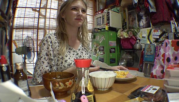 ちくぴんく…北欧の透明すぎる金髪天使 学生 メロディ・雛・マークス 19歳 乳首…